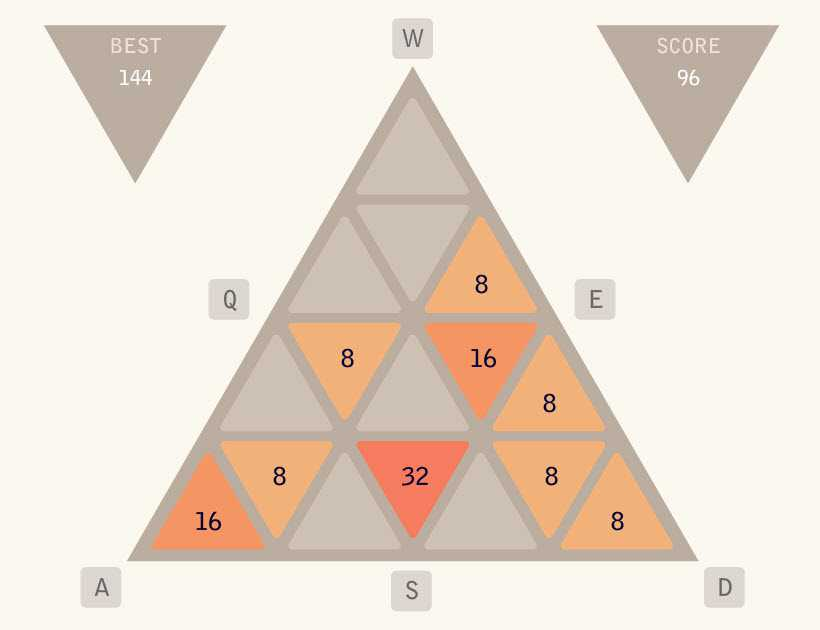 Game-2048-tam-giac-hinh-anh-1